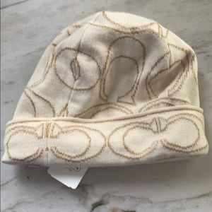 COACH logo winter hat AUTHENTIC * NWT